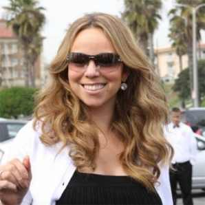 Bond Girl Breaking Star News Buzz: Mariah Carey feels pressure to complete album: Glam Life