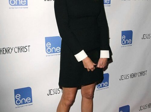 Jennifer Lawrence cool America sweetheart Julia Roberts – Celeb News (Glamour.com UK)