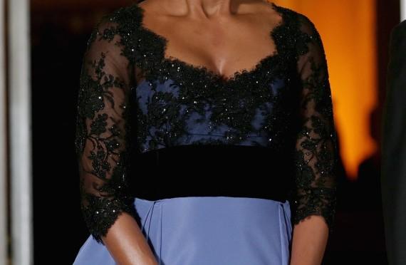 Michelle Obama State Dinner 2014: FLOTUS Stuns In Powder Blue Carolina Herrera (PHOTOS)