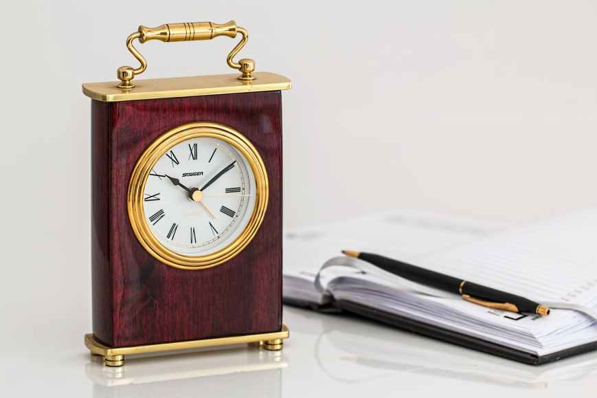 carriage-clock-timepiece-time-minutes.jpg